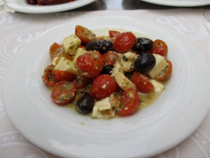 Cheese, tomato and olive salad