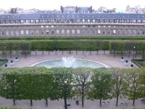 palais_royal_view