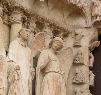 The famous laughing angel on the front facade was added after WWI and is now used frequently in the marketing of Reims
