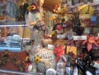 travel, travel tips, travel planning, display of seasonal produce in a deli in Riquewihr