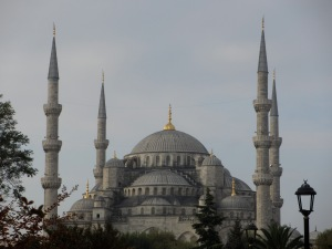 travel, travel tips, travel planning, Blue Mosque in Istanbul in the early morning light