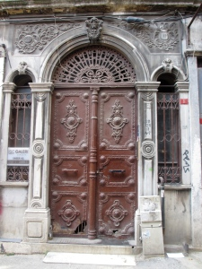 travel, travel tips, travel planning, an old door in the Galata area of Istanbul