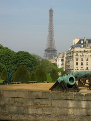 View of the Eiffel Tower from the Invalides with cannons in the foreground