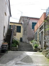 steps leading up to buildings in the Cinque Terre
