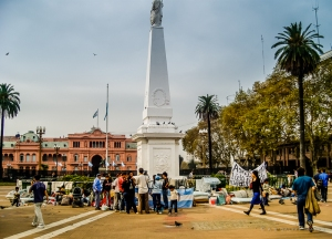 Homeless and demonstrators in Plaza de Mayo