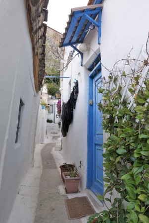 narrow laneway, with washing, Anafiotika, Athens