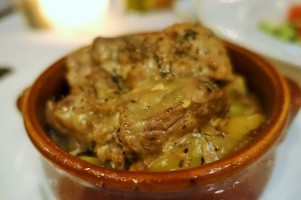 lamb casserole in a brown claypot